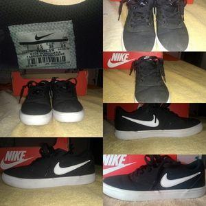 Nike sb checks